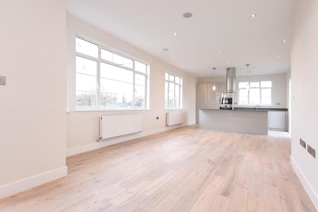 3 Bedrooms Penthouse Flat for sale in Oman Avenue, Willesden Green