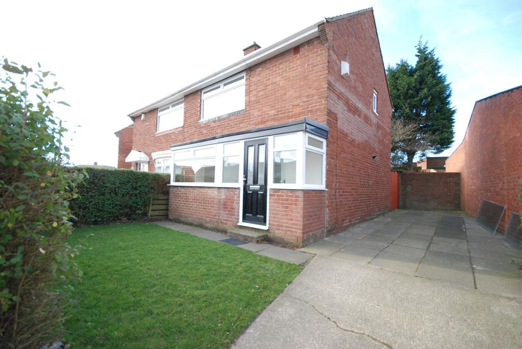 2 Bedrooms Semi Detached House for sale in Ravenscourt Road, Redhouse