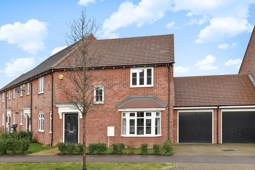 3 Bedrooms Link Detached House for sale in Waratah Drive, Chislehurst