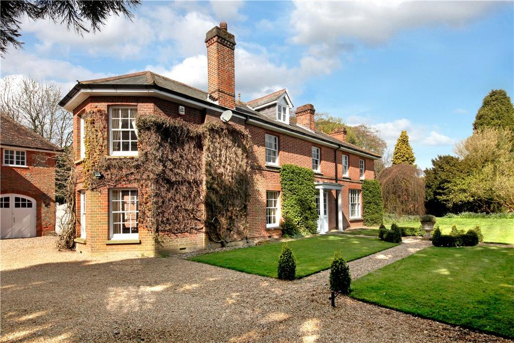 6 Bedrooms Detached House for sale in School Road, Penn, Buckinghamshire, HP10