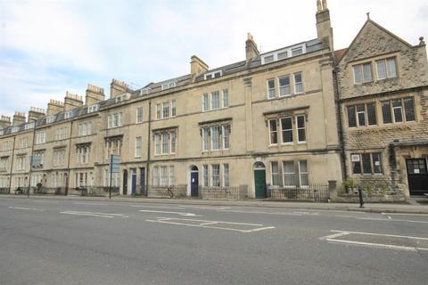 2 bedroom flat to rent - Bathwick Street