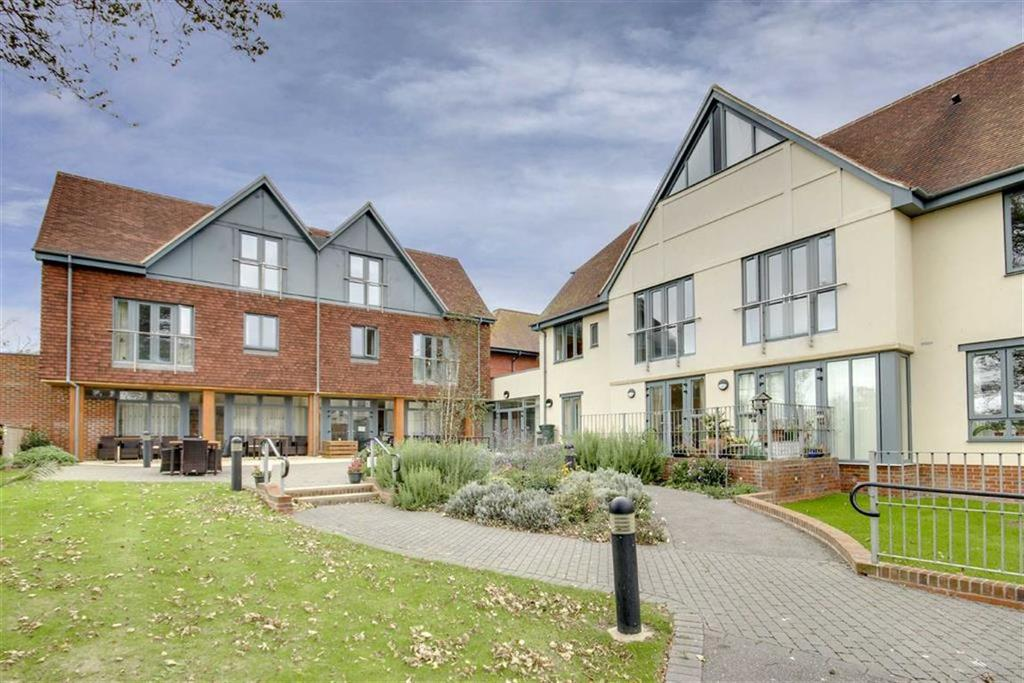 2 Bedrooms Retirement Property for sale in Cheneys Lodge, Sutton Avenue, Seaford