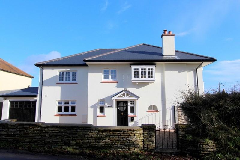 4 Bedrooms Detached House for sale in Stalbridge, Dorset
