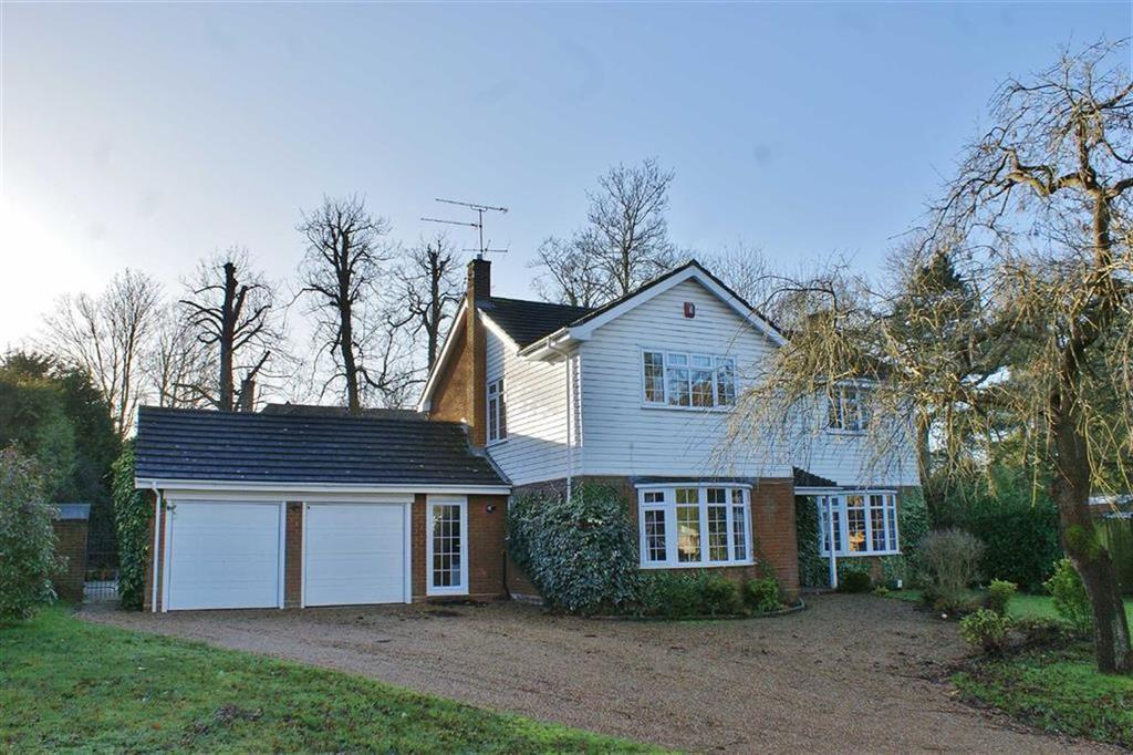 Detached House for sale in The Garth, Cobham, Surrey, KT11