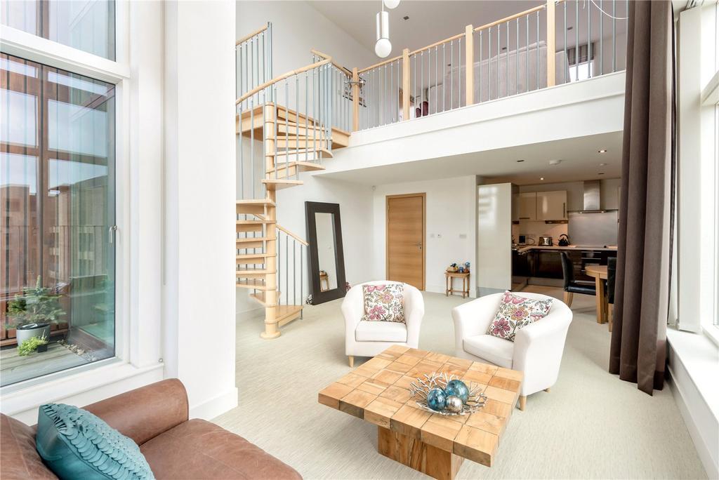 2 Bedrooms Penthouse Flat for sale in 1/14 McEwan Square, Edinburgh, EH3