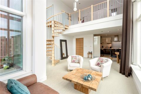2 bedroom penthouse for sale - 1/14 McEwan Square, Springside, Edinburgh, EH3