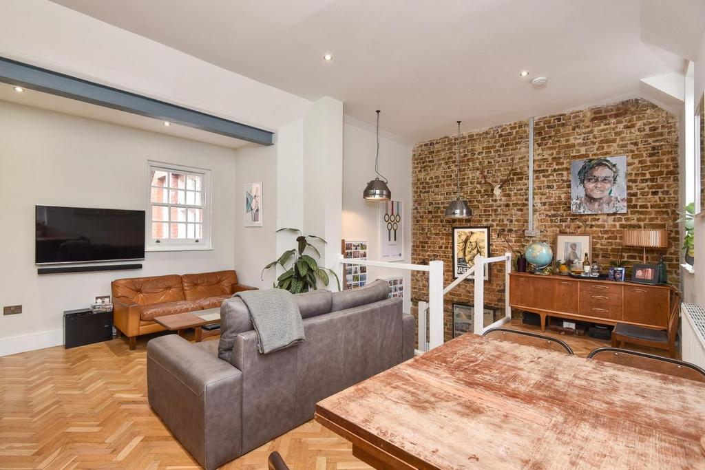 3 Bedrooms Detached House for sale in Prima Road, Oval