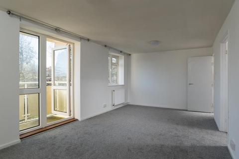 2 bedroom apartment to rent - Moorfields Road