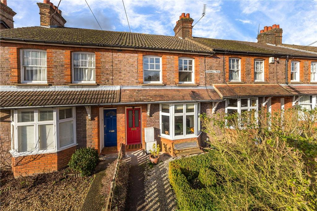 3 Bedrooms Terraced House for sale in Cornwall Road, Harpenden, Hertfordshire