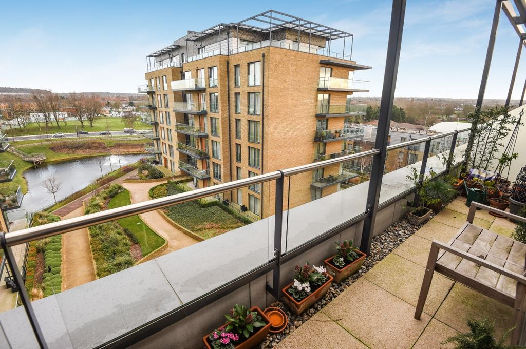 3 Bedrooms Flat for sale in Tizzard Grove London SE3