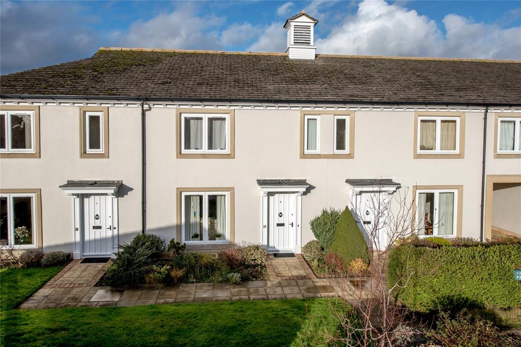 2 Bedrooms Terraced House for sale in Fullands Court, Kingsway, Taunton, Somerset