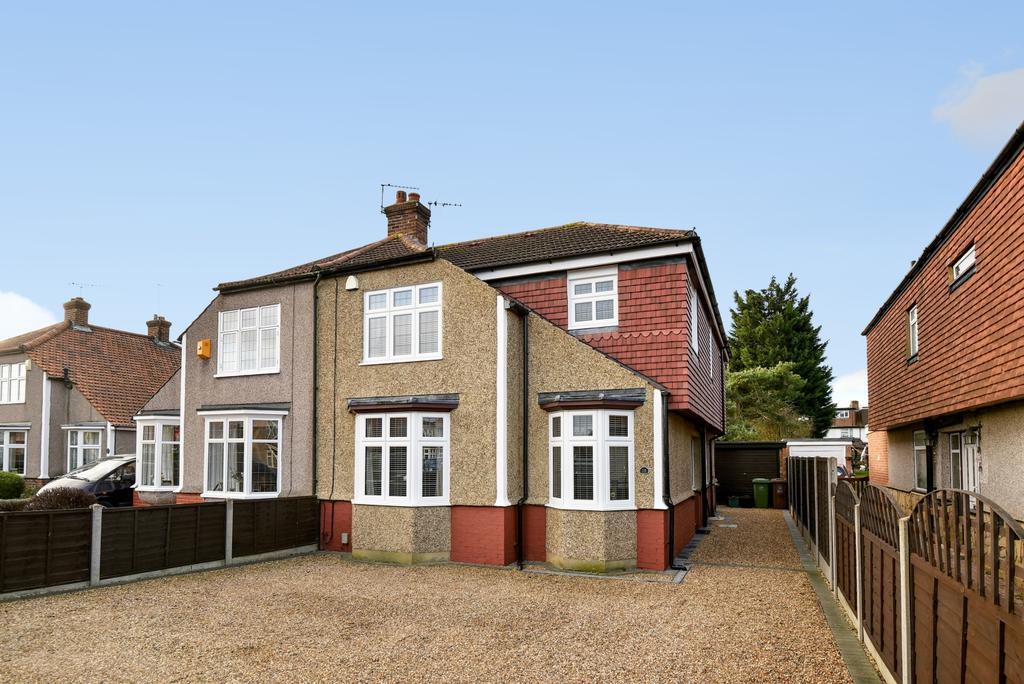 5 Bedrooms Semi Detached House for sale in Grace Avenue Bexleyheath DA7