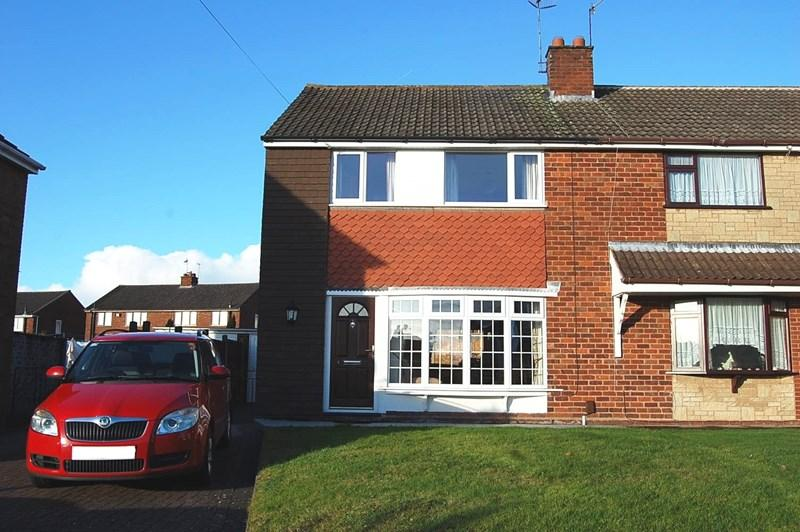 3 Bedrooms Semi Detached House for sale in Linley Grove, Gornal Wood, Dudley