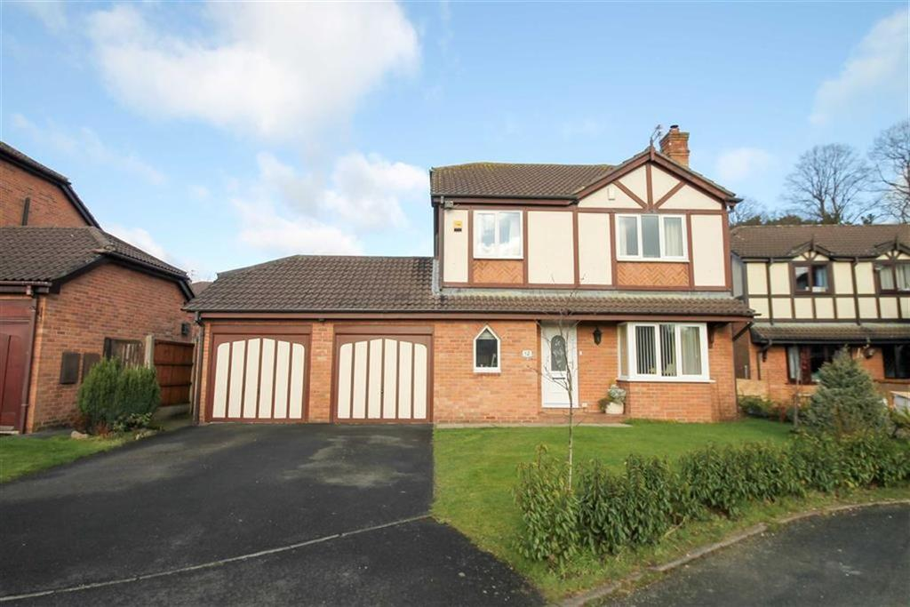 4 Bedrooms Detached House for sale in Summerfield Drive, Moulton