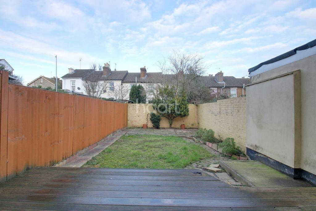 4 Bedrooms End Of Terrace House for sale in Pope Street, Maidstone, Kent, ME16