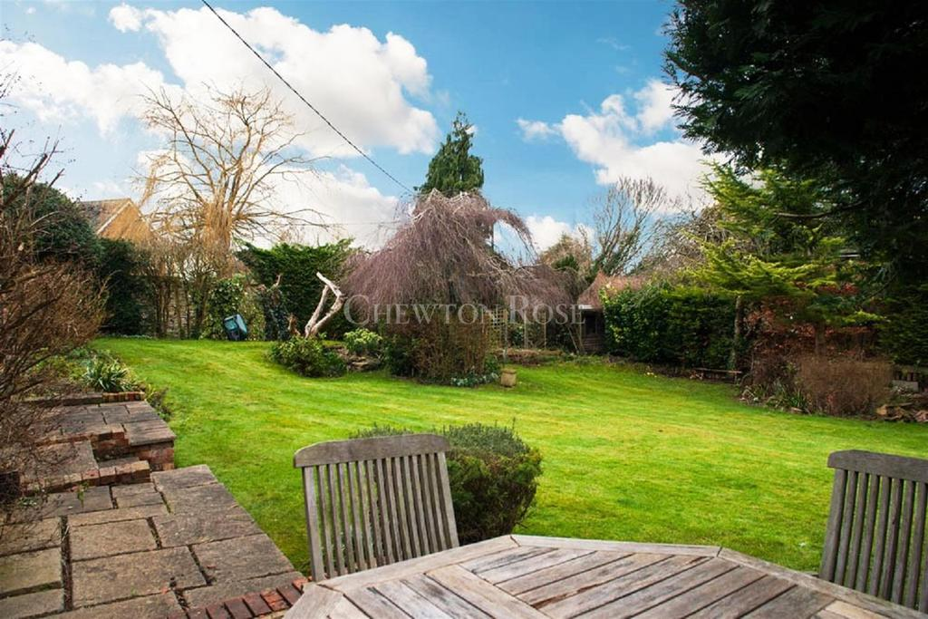 5 Bedrooms Detached House for sale in Tetsworth, Oxfordshire