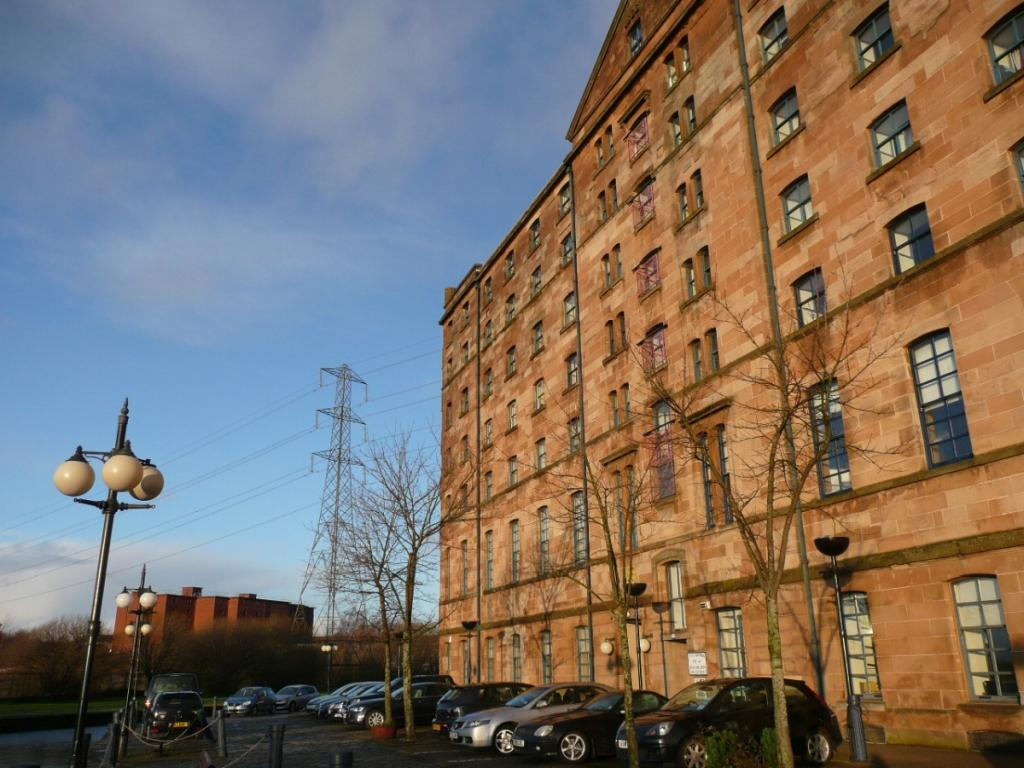 2 Bedrooms Flat for rent in Speirs Wharf, Port Dundas, Glasgow, G4 9TH