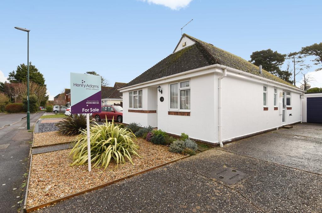 3 Bedrooms Bungalow for sale in Heghbrok Way, Aldwick Felds, Bognor Regis, PO21