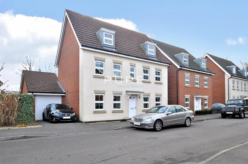 5 Bedrooms Detached House for sale in Hansen Gardens, Hedge End, Southampton, Hampshire, SO30 2LN