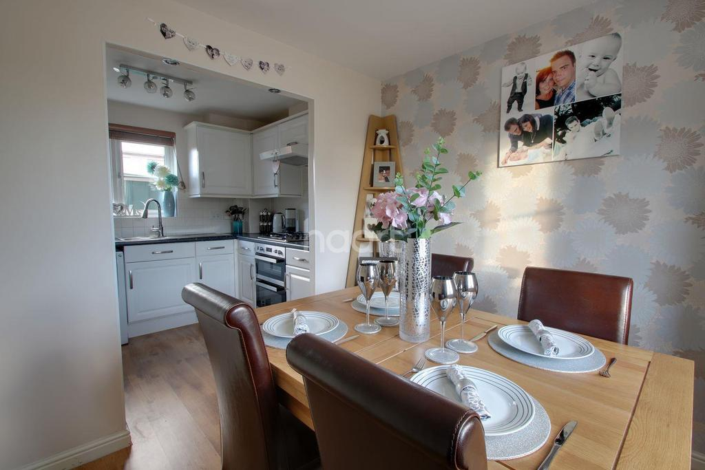 3 Bedrooms End Of Terrace House for sale in Carew Gardens, Plymouth