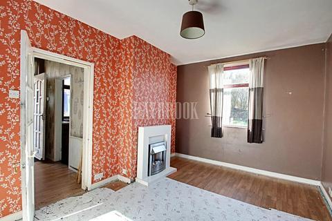 2 bedroom semi-detached house for sale - Wordsworth Crescent, Parson Cross