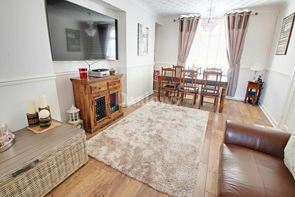 3 Bedrooms Semi Detached House for sale in Blaina Road, Brynmawr, Blaenau Gwent