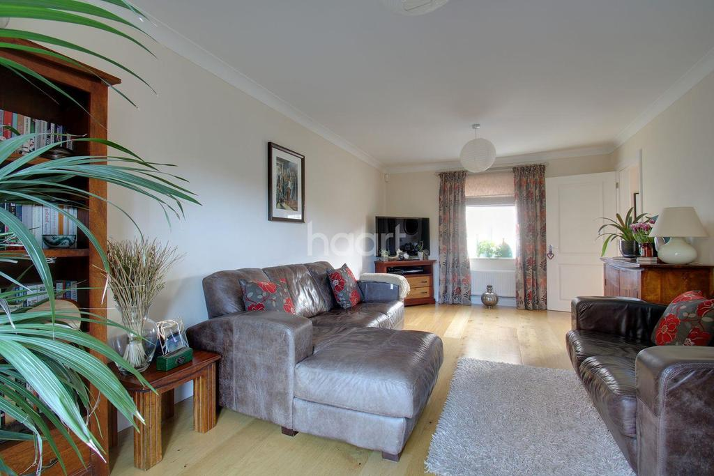 4 Bedrooms Detached House for sale in Brick Kiln Road, Stevenage Old Town