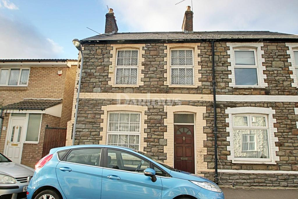 2 Bedrooms Semi Detached House for sale in Diamond Street, Adamsdown, Cardiff