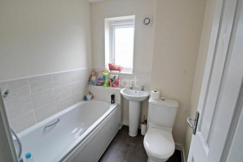 3 bedroom end of terrace house for sale - Saxonbury Way, Hempstead, Peterborough