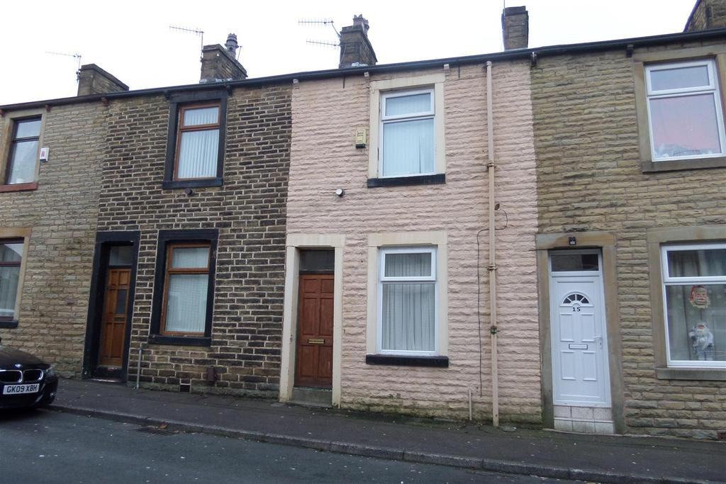 2 Bedrooms Terraced House for rent in Cardinal Street, Burnley