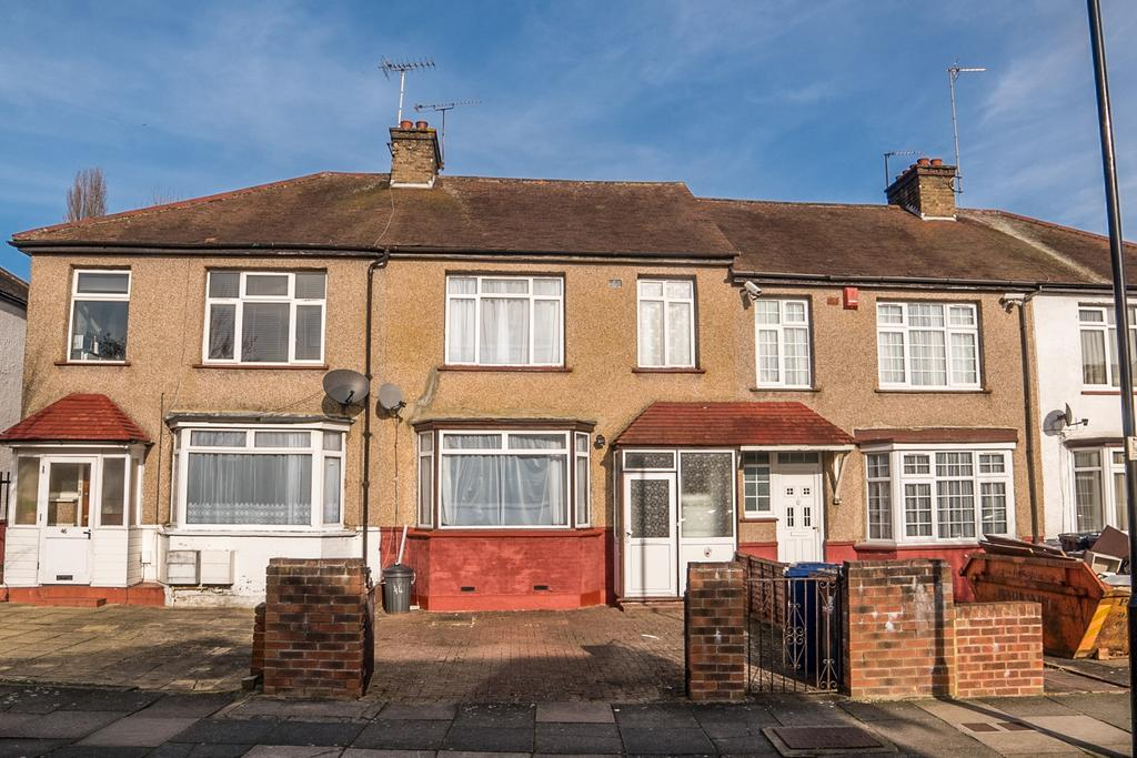 3 Bedrooms House for sale in Queens Avenue, Greenford
