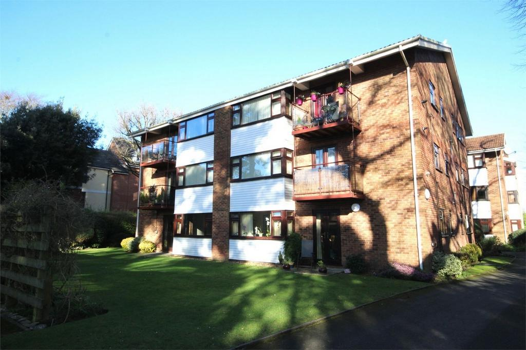 2 Bedrooms Flat for sale in 37 Poole Road, Westbourne, Bournemouth, Dorset