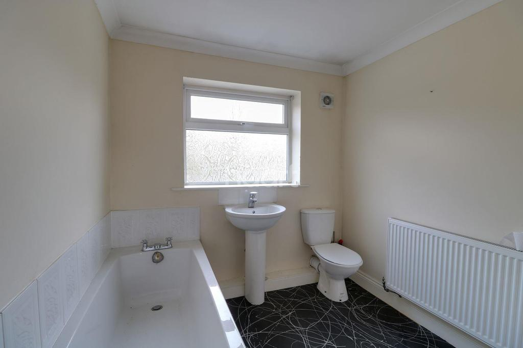 5 Bedrooms Detached House for sale in Bawtry Road, Hatfield Woodhouse, Doncaster