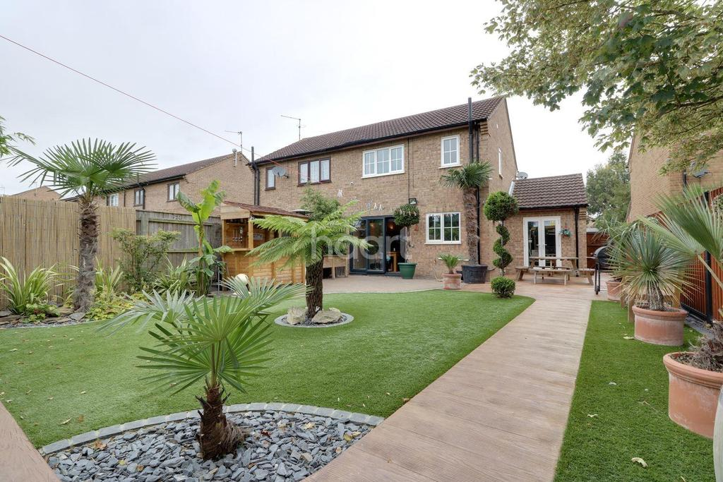 4 Bedrooms Semi Detached House for sale in March