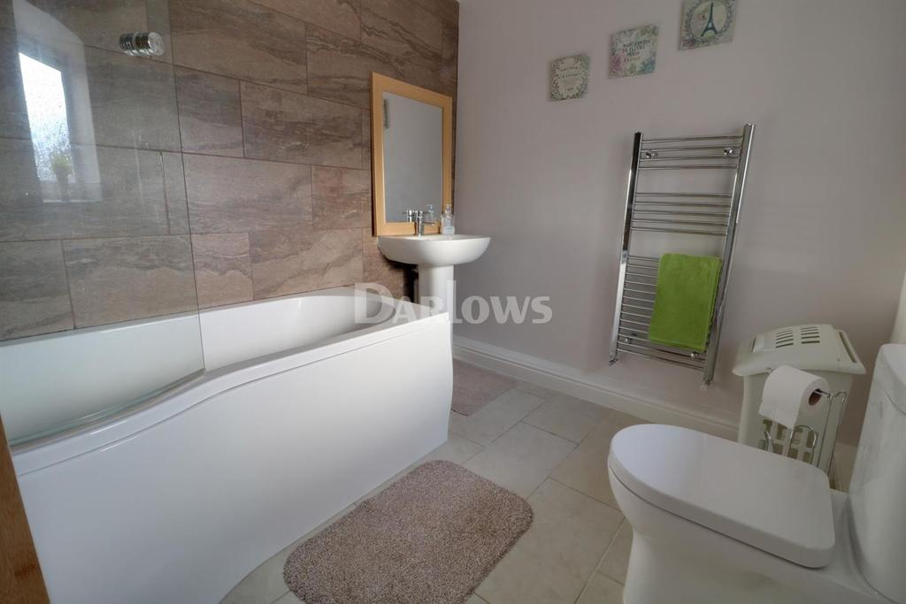 3 Bedrooms Terraced House for sale in Dumfries Street, Treorchy