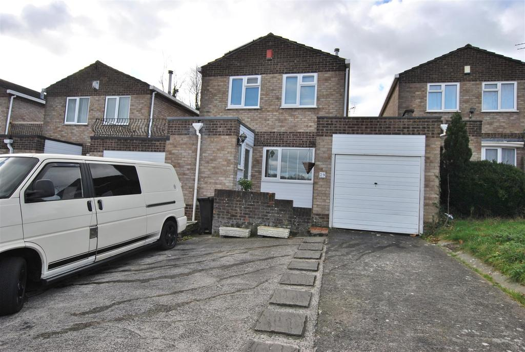 3 Bedrooms Detached House for sale in Yeomanside Close, Whitchurch