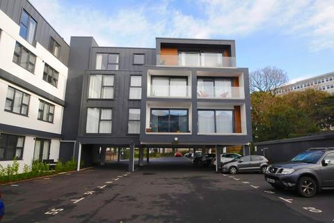 2 bedroom flat for sale - Sandbanks Road, Lower Parkstone, Poole