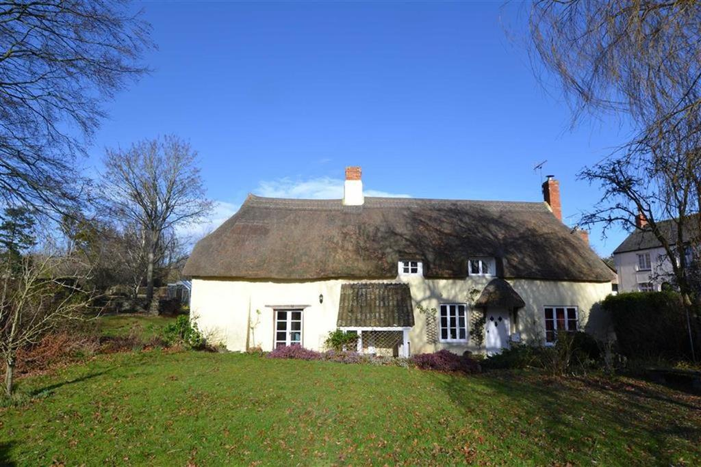 4 Bedrooms Detached House for sale in Cheddon Fitzpaine, Cheddon Fitzpaine, Taunton, Somerset, TA2