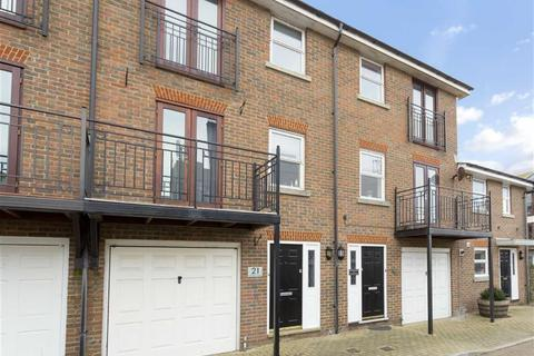 3 bedroom terraced house to rent - Southdown Mews, Brighton