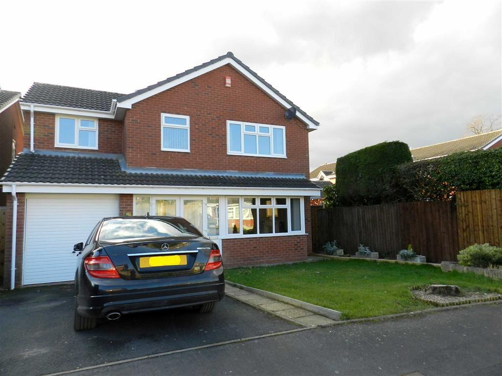 4 Bedrooms Detached House for sale in Birkdale Road, Walsall, West Midlands