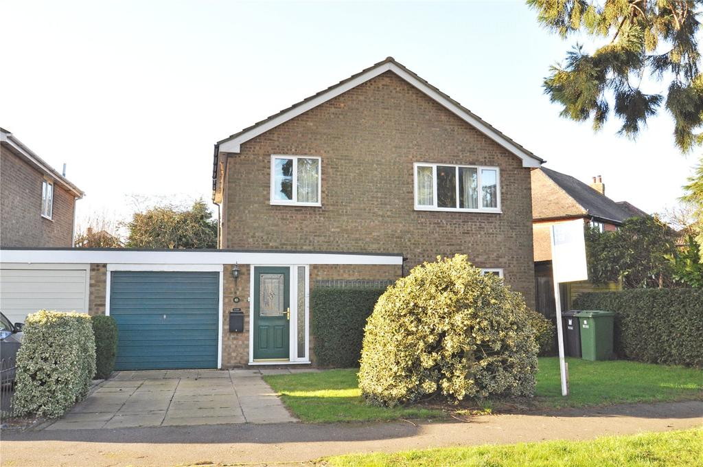 4 Bedrooms Detached House for sale in Cuckmans Drive, Chiswell Green, St Albans, Hertfordshire