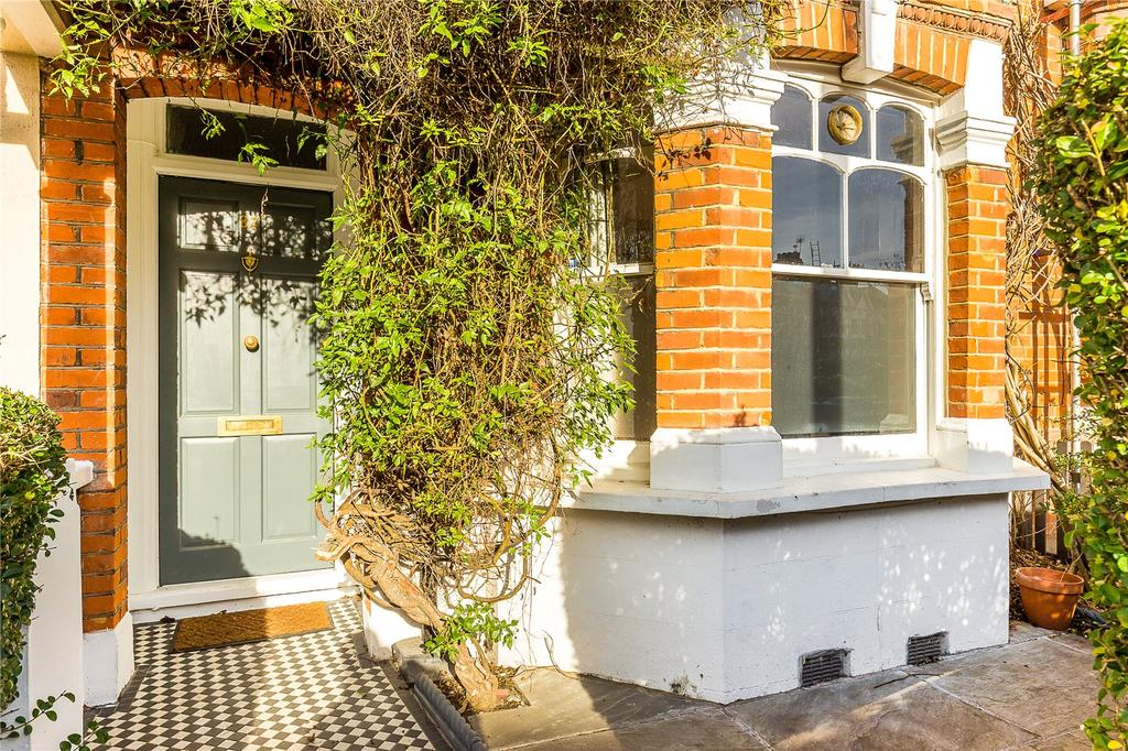 4 Bedrooms Terraced House for sale in Valetta Road, Wendell Park, London, W3
