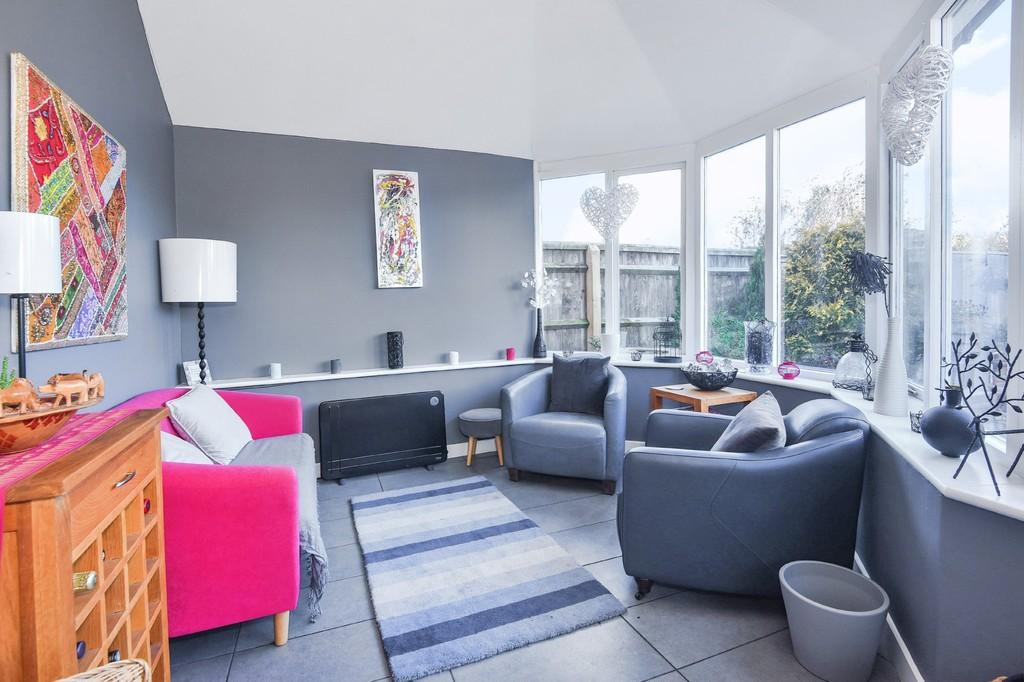 4 Bedrooms Semi Detached House for sale in Stanford in the Vale