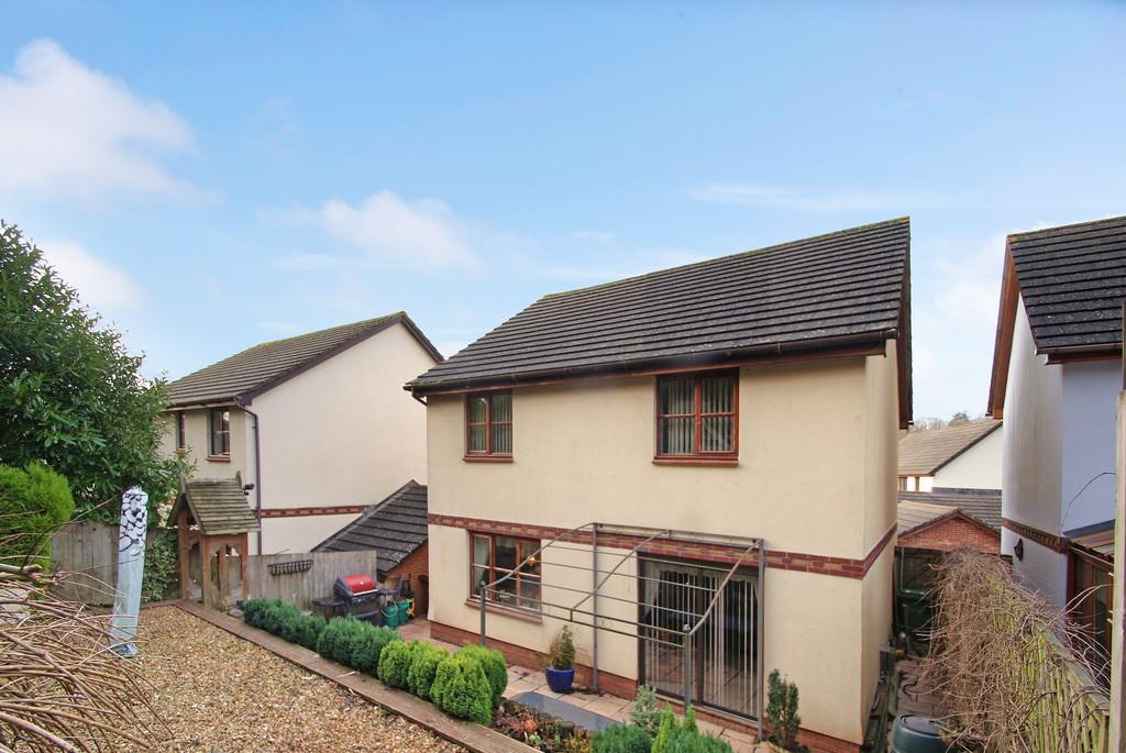 4 Bedrooms Detached House for sale in Barn Owl Close | The Willows | Torquay