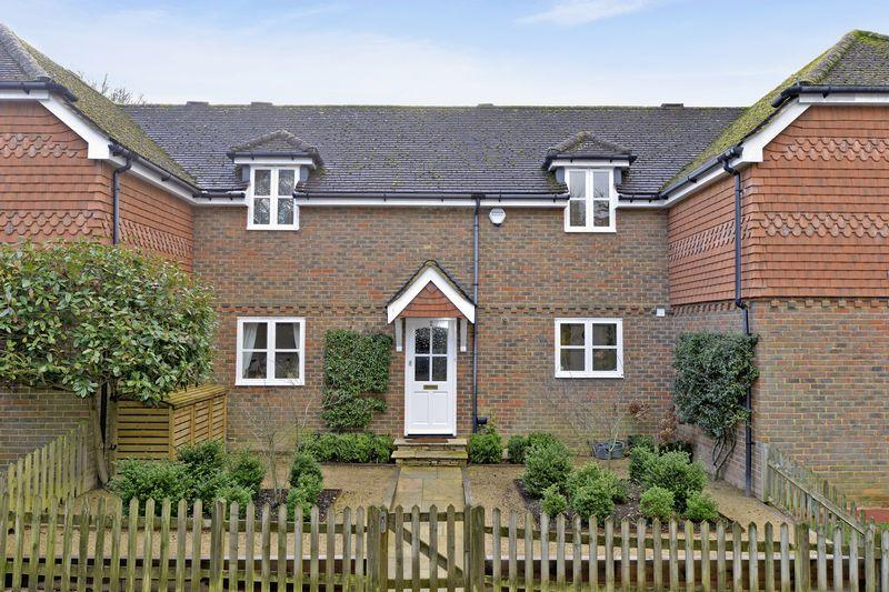 3 Bedrooms Terraced House for sale in The Farriers, Bramley