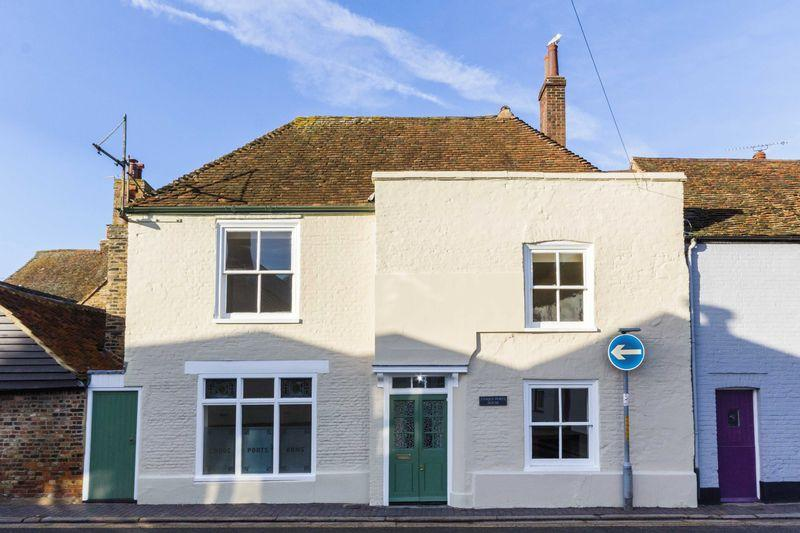 3 Bedrooms Semi Detached House for sale in Sandwich