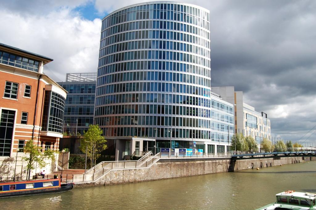 1 Bedroom Apartment Flat for sale in Glass Wharf, Temple Quay, Bristol, BS2