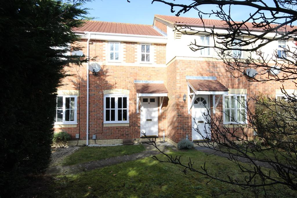 2 Bedrooms Terraced House for sale in Simpkins Drive, Barton Le Clay, MK45