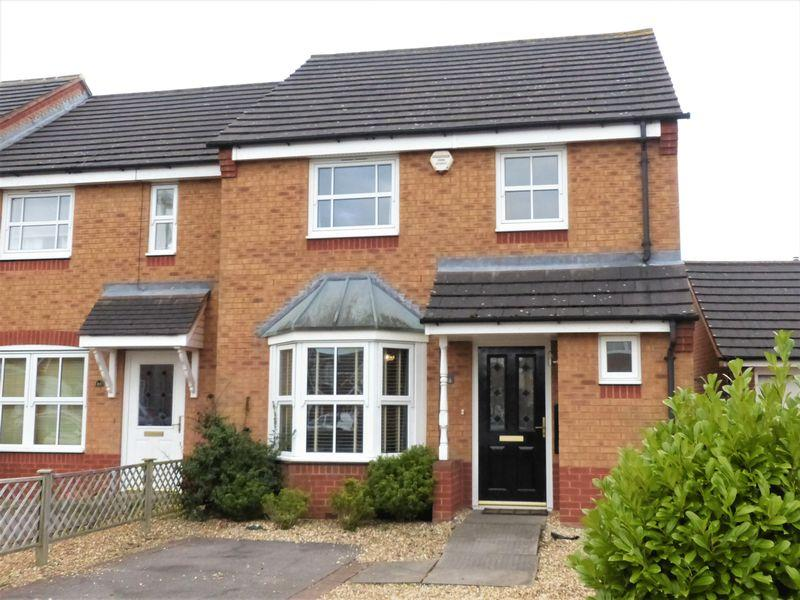 3 Bedrooms Semi Detached House for sale in Sentry Way, Sutton Coldfield