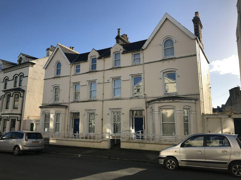 2 Bedrooms Block Of Apartments Flat for sale in Kelsor House, Demesne Road, Douglas